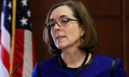 Judge Nixes Oregon Governor's Coronavirus-Related Restrictions on Religious Gatherings