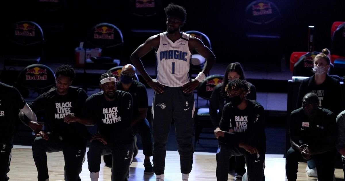 Lone NBA Player Refuses To Kneel: Doesn't Wear BLM Shirt, Gives Perfect Response to Critics