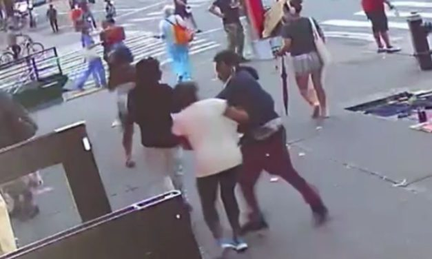 De Blasio's NYC: Video Catches Teens Rob, Punch Woman, 74, In Broad Daylight