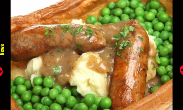 Kids Forced To Eat Mashed Potatoes with Hands as COVID Hysteria Gets Utensils Banned in School